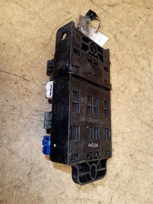 Название детали Блок реле Модель KIA Sorento I рест. Kia Sorento
