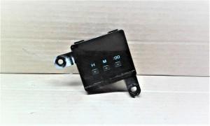 Часы салона (электронные) - Hilux \ 1990-1996 Toyota 4runner II Внедорожник 5дв.